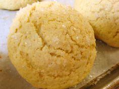 Lemon Sugar Cookie Crunch Buns by kingarthurflour: A tender and soft sweet dough bun with a crunchy lemon sugar cookie style topping. #Lemon_Crunch_Bun #kingarthurflour