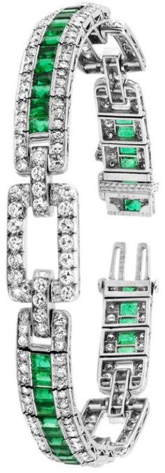 J. E. Caldwell Art Deco Bracelet. Fabulous diamond and emerald Art Deco bracelet manufactured by Oscar Heyman for J. E. Caldwell.