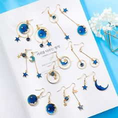 Ear Jewelry, Cute Jewelry, Jewelry Gifts, Jewelry Accessories, Women Jewelry, Fashion Jewelry, Space Jewelry, Cartier Jewelry, Jewelry Ideas