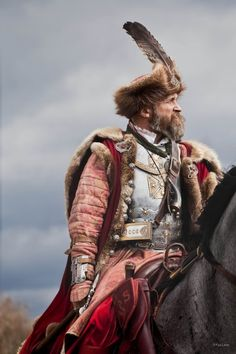 You gotta admire any soldier who wears pink... pretty, though... Hussar