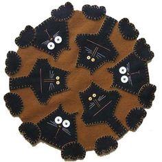 Lã livre Patterns Penny Rug |  kits tapete padrões centavo tapete e tapetes moeda de um centavo acabados concebidos para e ... por helena