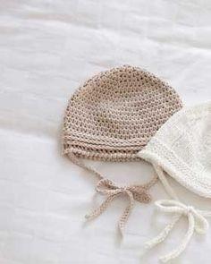 Yarnspirations.com - Bernat Baby's Hat - Patterns | Yarnspirations