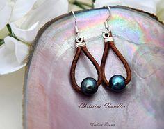 Pearl und Leder Ohrringe - 1 Perle Träne - Pearl und Leder-Schmuck-Kollektion