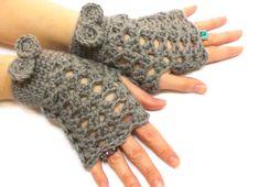 Fingerless Gloves Brown Crochet fingerless gloves Tie by aynikki, $25.00
