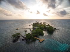 Luxury Beach Resort in Belize, Belize Luxury Private Island, Coppola Hideaways Coral Caye at Turtle Inn