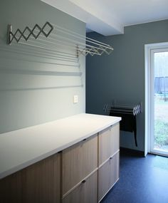 Outstanding home decor ideas for small homes are available on our web pages. Read more and you will not be sorry you did. Laundry Room Layouts, Laundry Room Organization, Interior Design Living Room, Living Room Designs, Utility Room Designs, Laundry Solutions, Laundry Room Inspiration, Laundry Room Design, New Homes