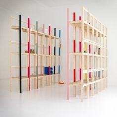 Latten Shelving Unit - Many people gradually find uses for their furnishings that weren't necessarily the intended purposes. Just take a look at this Latten Shelvin. Types Of Furniture, Diy Furniture, Furniture Design, Modular Furniture, Shelving Systems, Storage Systems, Storage Units, Modern Shelving, Modular Shelving