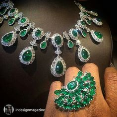 Gorgeous #emeraldsanddiamonds from @indesignmagazine Going green @coomijewells at #couture2015