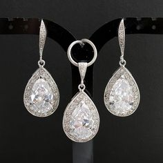 10% Off Wedding Jewelry Bridal Jewelry Set Silver Luxury Cubic Zirconia Dangle Earrings Clear CZ Teardrop Necklace Wedding Earrings