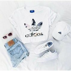 adidas, outfit and white image – – - school outfits Teenage Outfits, Teen Fashion Outfits, Fashion Clothes, Fashion Ideas, Fashion Trends, Cheap Fashion, Summer Teen Fashion, Trendy Teen Fashion, Winter Fashion