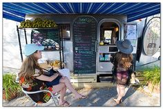 Raw & Juicy in the airstream on Scenic 30A features healthy food, juices, smoothies, and more in Seaside. #food #dining #southwalton #SoWal #30a