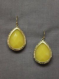 love these yellow earrings