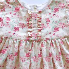How to Sew the Easiest Baby Blanket - Sewing Method Baby Frock Pattern, Frock Patterns, Girl Dress Patterns, Pattern Dress, Baby Girl Fashion, Kids Fashion, Shorts E Blusas, Baby Dress Design, Night Dress For Women
