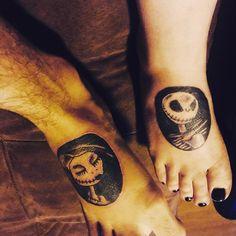 nightmare before christmas matching tattoos Nightmare Before Christmas Tattoo, Love Your Sister, Holiday World, Christmas Tale, Body Art Tattoos, Tatoos, Star Wars Tattoo, Tattoo Set, Jack And Sally