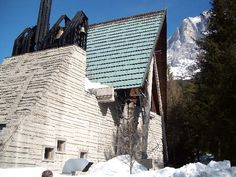 Edoardo Gellner (1909-2004) con Carlo Scarpa (1906-1978) | Chiesa di Nostra Signora del Cadore | Corte di Cadore (Villagio ENI) | Borca di Cadore, Belluno, Italia | 1958-1961