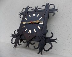 Vintage Germany Wall Clock / Made in Germany / wall clock / Metal clock / Working clock / Rustic / Electronic / Vintage / Home decor / Black Vintage Interior Design, Vintage Home Decor, How To Make Wall Clock, Metal Clock, Black Decor, Interior Decorating, Germany, Rustic, Country Primitive