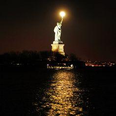 """Full moon rises over the Statue of Liberty tonight. #newyork #newyorkcity #instagramnyc @instagram #igersofny #ig_northamerica #ig_americas…"""