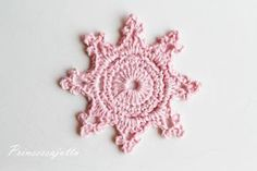 Prinsessajuttu: Virkattu lumihiutale, OHJE Crochet Flower Tutorial, Crochet Flowers, Christmas Deco, Winter Christmas, Crochet Home, Knit Crochet, Princess Stories, Crochet Snowflakes, Crochet Earrings