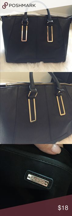ALDO handbag Great everyday bag! Black with gold hardware Aldo Bags