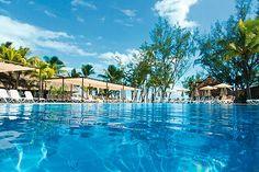 Mauritius on ehkä maailman halutuin häämatkakohde. Finnmatkojen kautta pääset upeaan Riu Le Morne All Inclusive -hotelliin, joka on suunnattu vain aikuisille. Hotelli sijaitsee kuvankauniilla paikalla, meren ja hienon hiekkarannan äärellä. http://www.finnmatkat.fi/riu-hotelli?utm_source=Haat_fi&utm_medium=banner&utm_campaign=w1516_RIU&dclid=CKHNkt6p-sQCFQY2cgodtFoAIg