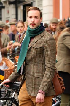 Tweed perfect for fall in the UK Moustaches, Norfolk Jacket, Tweed Jacket, Tweed Men, Gentleman Style, Gentleman Fashion, Tweed Ride, Dandy Style, Preppy Style