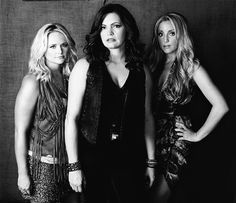 Everyone needs some wonderfully white-trashy music to listen to. <3 Pistol Annies.