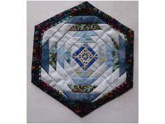 Hexagon panel for Honeycomb quilt