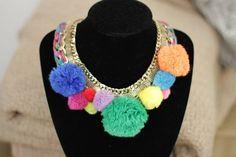 DIY pompom necklace