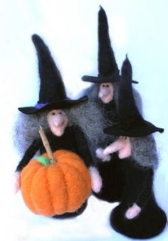 Witch Needle Felting Doll Tutorial by lorrie