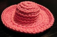 Crochet Hat for Doll Free Pattern ( For Beginners) http://www.kikamoracrafts.com/2011/01/lets-crochet-hat-for-barbie-doll.html