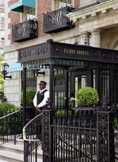 The Eliot Suite Hotel, built in 1925, is located in Boston's prestigious Back Bay neighborhood. It offers an on-site sashimi bar and elegantly decorated rooms with down comforters and marble bathrooms. Each room is equipped with soundproof windows, flat screen TVs and Wi-Fi internet. The Eliot's guests can enjoy free access to the Boston Sports Club and on-site business center. Concierge desk staff can arrange dinner reservations or nightly turn-down service.