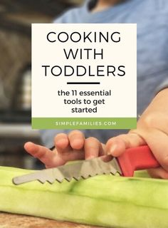 All the best kitchen tools and gadgets for cooking with toddlers and young kids. Get kids excited about trying new foods by including them in the process! Toddler Learning, Toddler Fun, Toddler Meals, Kids Meals, Toddler Activities, Kids Cooking Activities, Preschool Cooking, Toddler Recipes, Learning Games