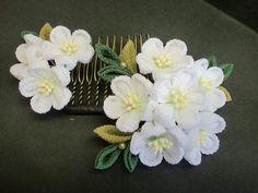 イメージ5 - ワークショップフェスティバルの画像 - つまみ細工 花ちりめんのかんざし - Yahoo!ブログ Diy Ribbon Flowers, Cloth Flowers, Kanzashi Flowers, Ribbon Art, Fabric Flowers, Baby Crafts, Diy And Crafts, Japanese Flowers, Diy Bow