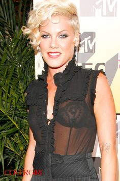 COVERGIRL P!NK  on the 2006 MTV Video Music Awards Red Carpet. Re-create her eye look with COVERGIRL SmokyShadowBlast in Silver Sky. http://pinterest.com/pin/486318459731318278/