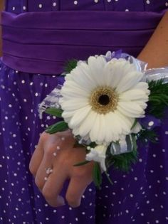 prom wrist corsage pictures | Photo Gallery - Classic Idea For Prom Wrist Corsage