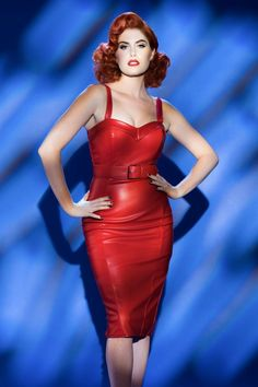 50s Deadly Dames Downtown Dame Dress in Red Faux Leather - The jaw-dropping curves and sleek tailoring make the 50s Deadly Dames Downtown Dame Dress in Red Faux Leather by Pinup Couture a dress you can't overlook!You'll feel just as sexy and feminine as Doris Mayday when wearing this eyecatcher ;-) Beautifully fitted top featuring a sweetheart neckline, sturdy boning, playful pointy fold over detail at the bust and adjustable straps. The skirt enhances your curves perfectly w...