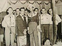 Traces of Texas    Hank Williams at the Skyline Club in Austin, 1950.