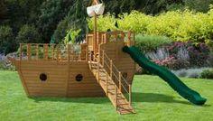 aire de jeux de jardin avec espace pirate : idée d'aménagement