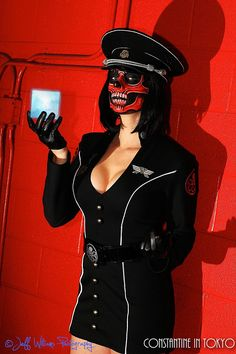 Terrifyingly Alluring Lady Red Skull Cosplay [Pics + Video]