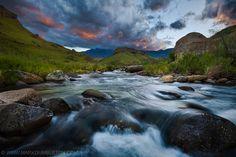 Bushmans River, Drakensberg by Mark Dumbleton on 500px | Giants Castle and the Bushmans River in the Drakensberg Mountains, South Africa √