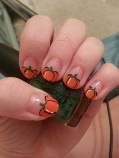 Pumpkin nails! Cute autumn/fall nails!