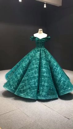 Off the shoulder green sparkly Quinceanera dresses. Source by viniodress dress couture Sweet 16 Dresses, Elegant Dresses, Cute Dresses, Beautiful Dresses, Sexy Dresses, Prom Dresses, Summer Dresses, Wedding Dresses For Girls, Formal Dresses For Weddings