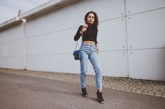 Mom jeans & High heels // Picture Me