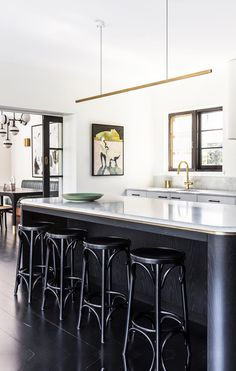 With the help of interior design firm Arent&Pyke and architect Luke Moloney, this original Spanish Mission home in North Sydney has been successfully updated for modern family living. Take a tour. Kitchen Pendant Lighting, Kitchen Pendants, Kitchen Stools, Pendant Lights, Art Deco Pendant Light, Bar Stools, Brass Pendant, Cocina Art Deco, Art Deco Kitchen