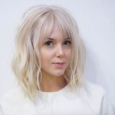 Baby blonde lob with bangs by Tim Morrison haar pony Blonde Lob With Bangs, Short Hair With Bangs, Short Hair Cuts For Women, Wavy Hair, Blonde Bob With Fringe, Medium Length Hair Cuts With Bangs, Short Cuts, Short Blonde, Thin Bangs