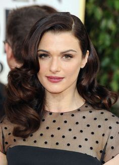AND THE WINNER IS: Rachel Weisz is always the perfect English rose. She oozes effortless beauty at The Golden Globes and looks classic and elegant. We give her GOLD for this winning look!