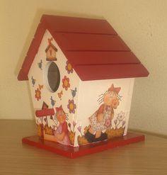 ♥♥ Hobi Vakti ♥♥: Kırmızı Çatılı Kuş Evi :)