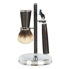 Cedes Milano Carbon-fibre shaving set ($1,072) ❤ liked on Polyvore featuring men's fashion, men's grooming, men's shaving, men, black and mens grooming