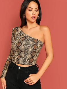 SweatyRocks One Shoulder Snakeskin Print Crop Tee Streetwear Slim Lady Sexy T-shirt 2019 Fashion Women Casual Summer Party Tees - multi,xs Blusas Animal Print, Long Sleeve Tee Shirts, Printed Tees, Sleeve Styles, Fashion News, Ideias Fashion, Street Wear, One Shoulder, Shoulder Tops