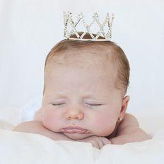 Corona tiara de brillantes para bebés | Fotos bebé | Complementos para bebés | Regalos El Recién Nacido precio 19,90 €